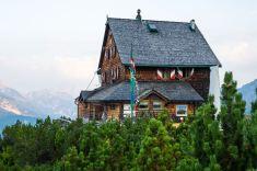Die Peter Wiechenthaler-Hütte ©Gipfelfieber