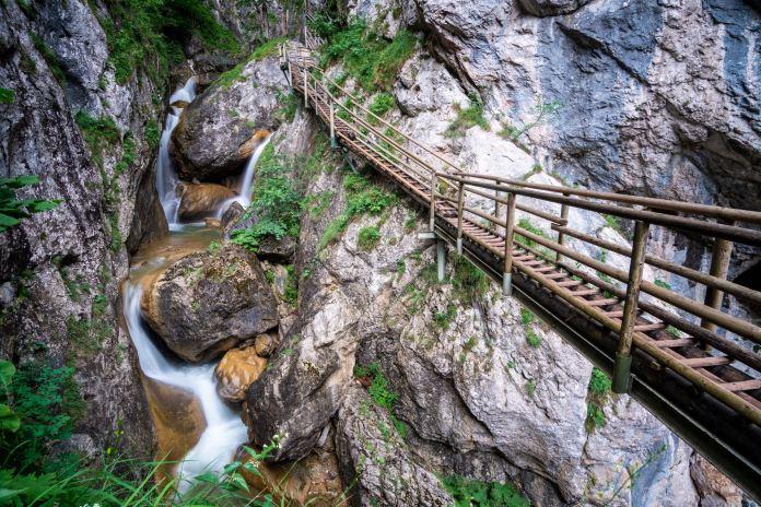 Wasser marsch! Wandern durch die Bärenschützklamm