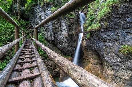 Über Holzbrücken ©Gipfelfieber