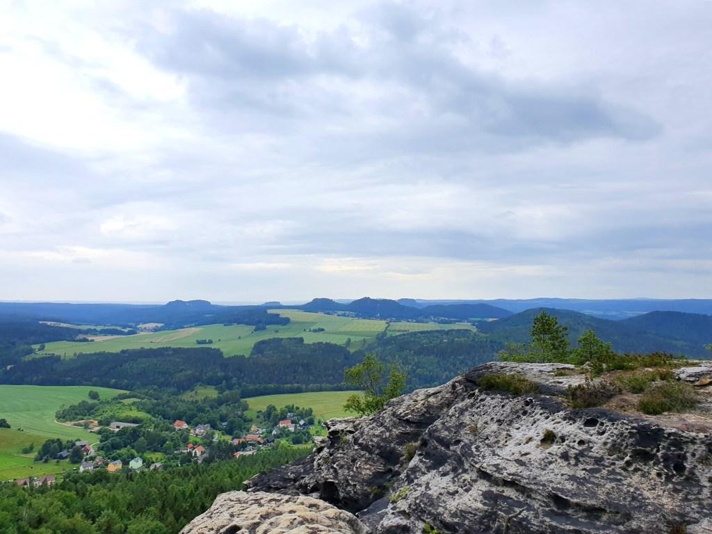 Blick über die Tafelberge vom Kleinen Zschirnstein