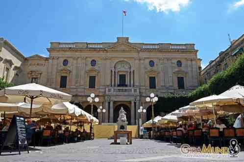 Cordina cafe, Valletta