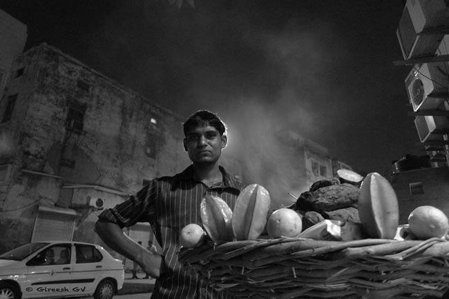 Chat Vendor in Connaught Place, New Delhi