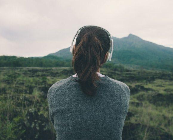 İyi Bir Yazar Olmak İçin İyi Bir Dinleyici Olun