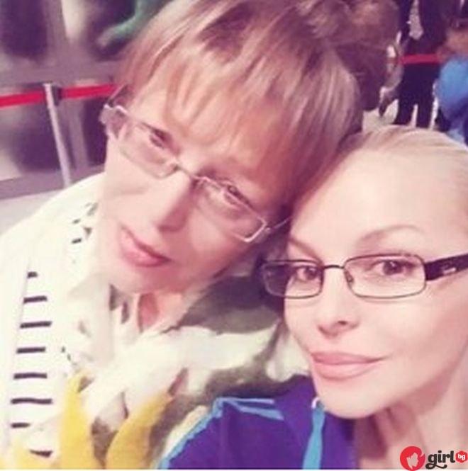 Майката на Деси Слава