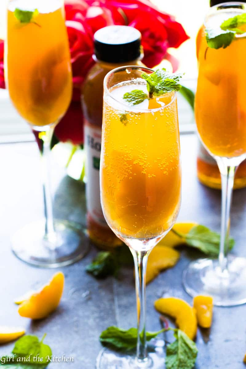 This delicious Sparkling Bellini Cocktail is not just for adults! Full of bright peach flavors from the deliciousness of Organic Honest® Tea and sweet peaches this mocktail will please everyone at your next party!