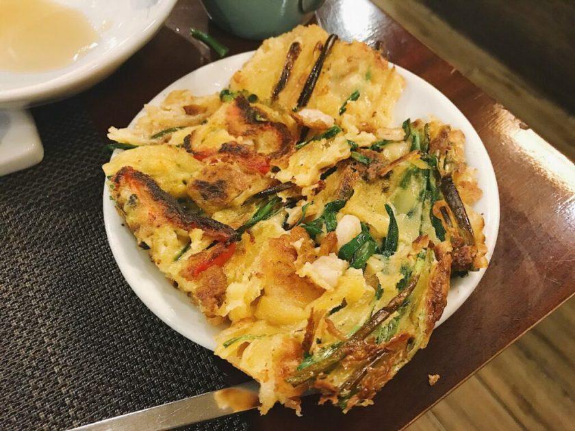 Seafood Pancake all cut up for my consumption at Arirang