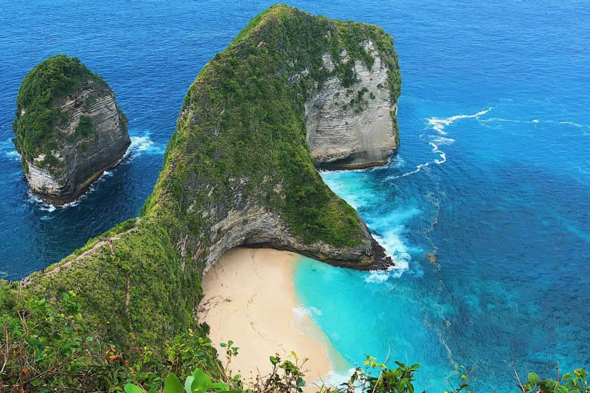 Nusa Penida - Kelingking Beach from the viewpoint above