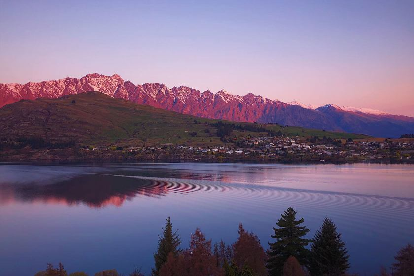 View of Lake Wakatipu from Queenstown