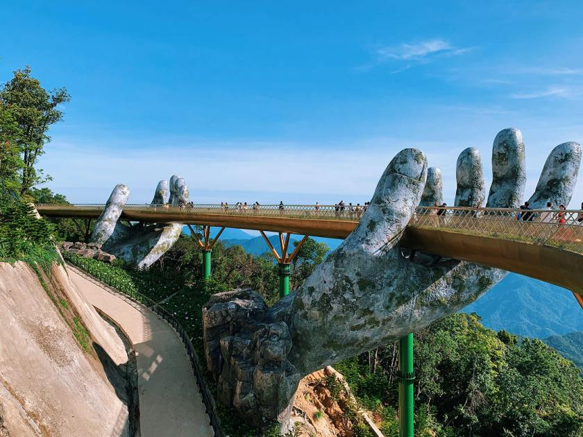 The Golden Bridge hands at Ba Na Hills