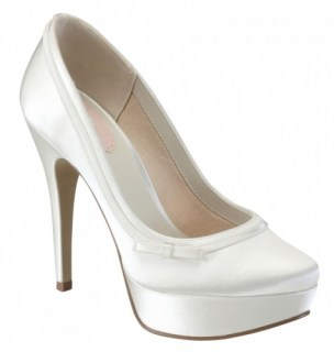 gorgeous shoes | dyeable shoes