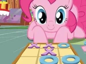 pink-tac-toe
