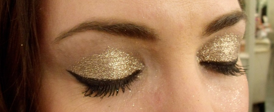 Glitter eye makeup on Candace...So beautiful!!!  I've never seen glitter so dense like that.
