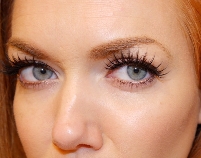 eyelashi-handtied-false-eyelashes-sexy-boxy-charm-review.jpeg