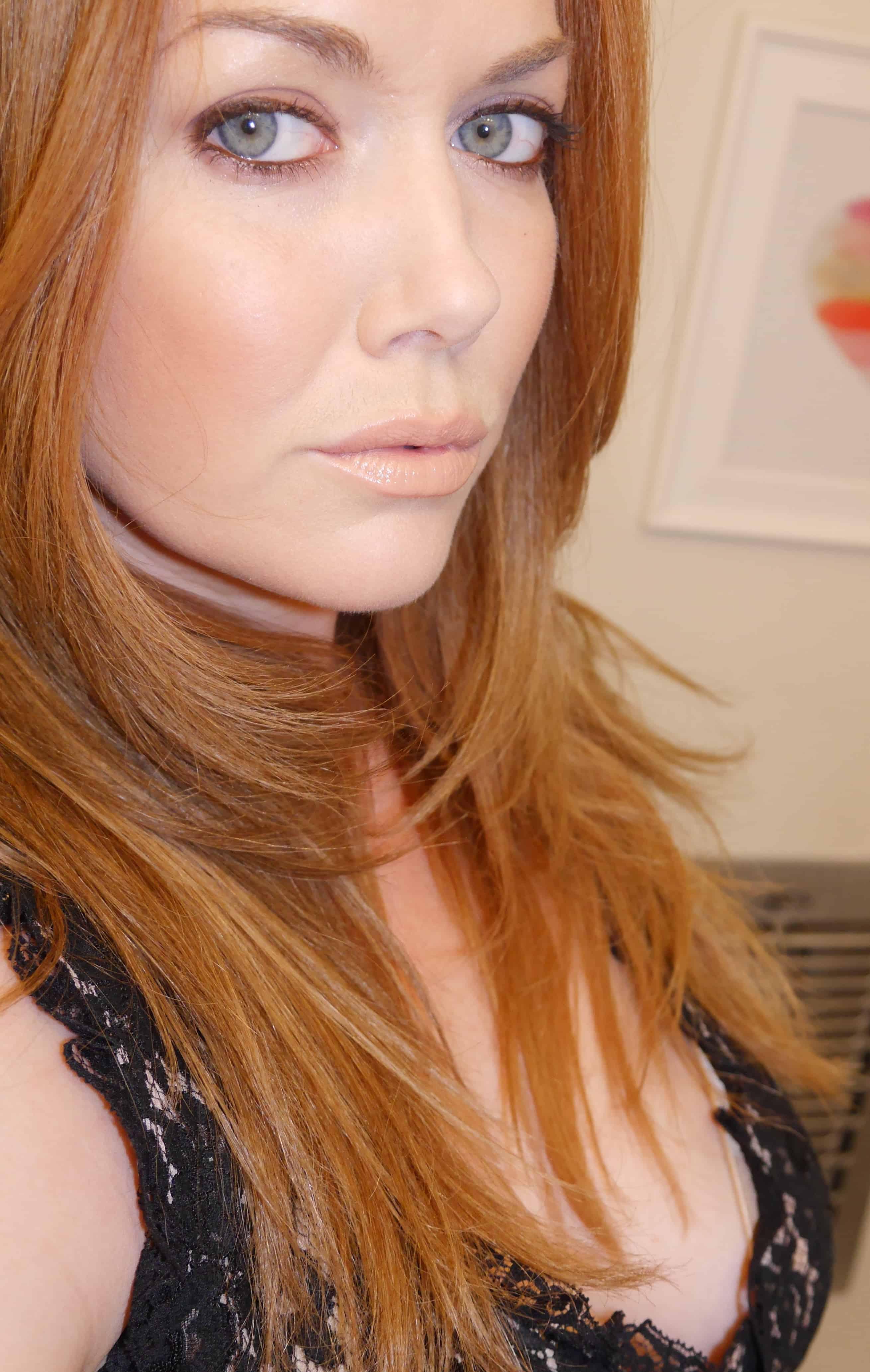 Dolce Amp Gabbana Quot Monica Quot Voluptuous Lipsticks Review