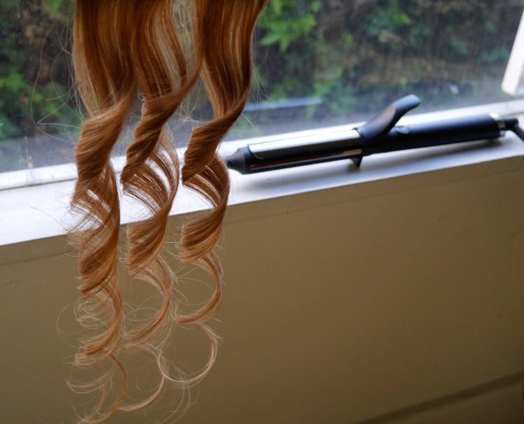 ghd-curve-good-hair-day-curling-iron-classic-1-review-demo-best-curling-iron-beauty-blog-makeup-los-angeles.jpeg