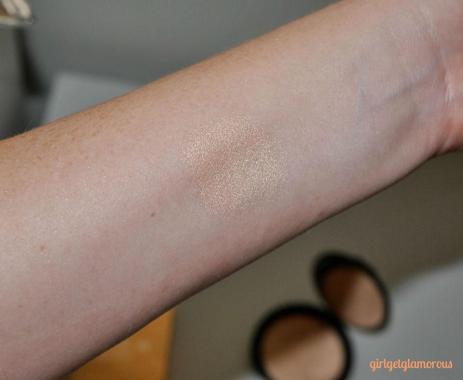 becca-best-champagne-pop-top-swatch-review-buy-online-beauty-blog-blogger-los-angeles-sephora.jpeg