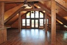 Barn with Loft Apartment
