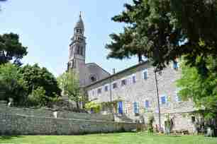 French Holidays in May - Notre Dame de Beauregard