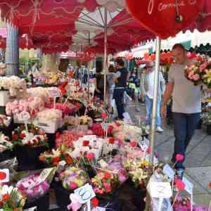 Fête de Mères - Mother's Day in France