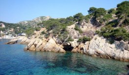 Provence's Blue Coast - Grand Méjean La Grotte Marine from the water