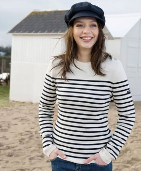 La Marinière - French Sailor's Shirt - simple outfit