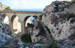 Provence's Blue Coast - viaduct Calanque d'Erevine