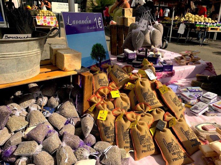 Pelisanne Market - Provence - Silent Sunday