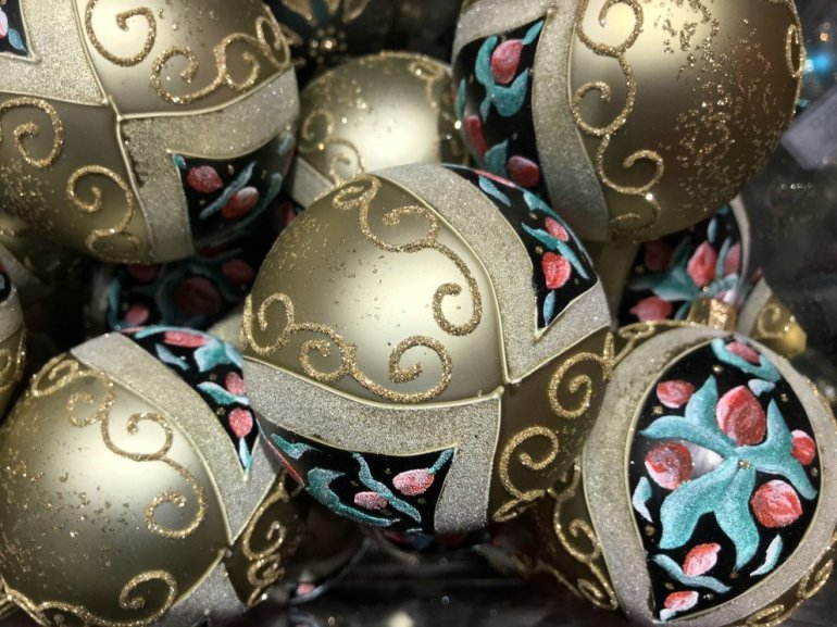 Parisian Holiday Season - Christmas ornaments