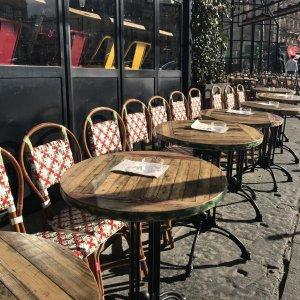 Silent Sunday - Paris - Montmartre - Café