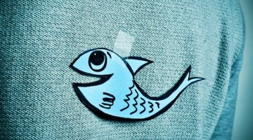 Poisson d'Avril 2019 - taped fish on back
