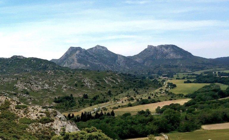 Eyguières - Provence - Vue sur les Alpilles
