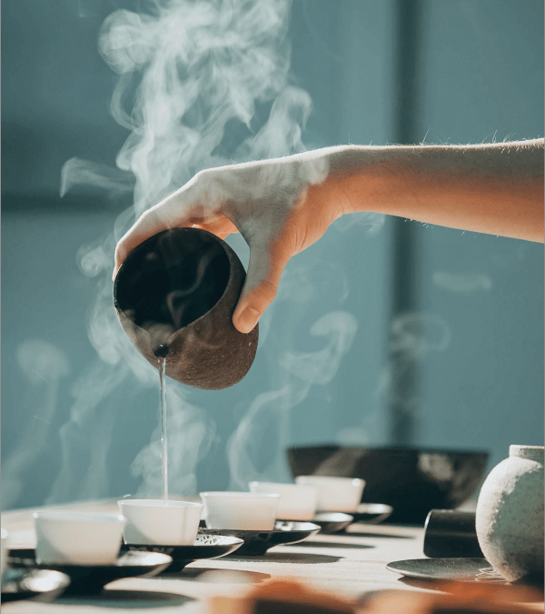 pouring tea in china