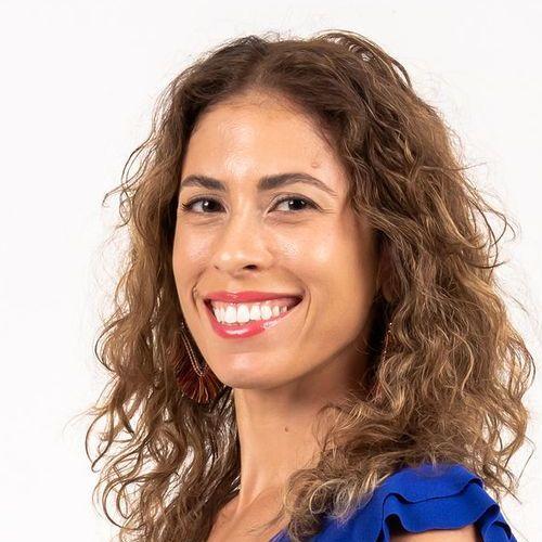 Liana Lozada