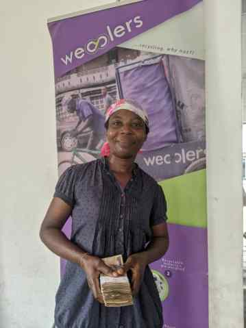 woman who has earned money through Wecyclers