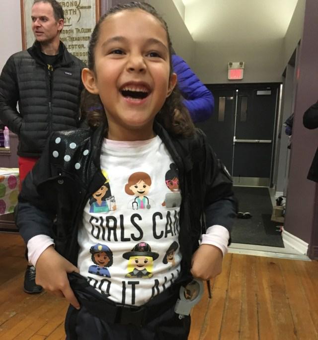 Dec20_girlscanpolice