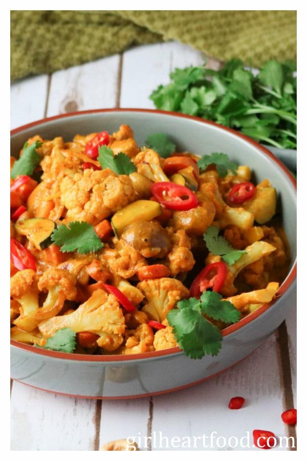 Veggie Korma {vegetarian, gluten free} - girlheartfood.com