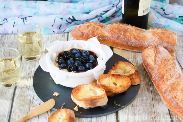 Baked Camembert with Berries, Thyme and Wine - girlheartfood.com