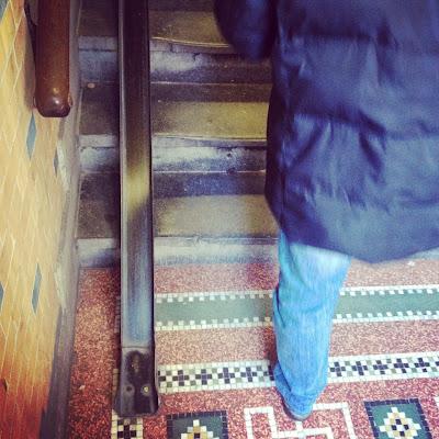 amsterdam-bikes-stairs
