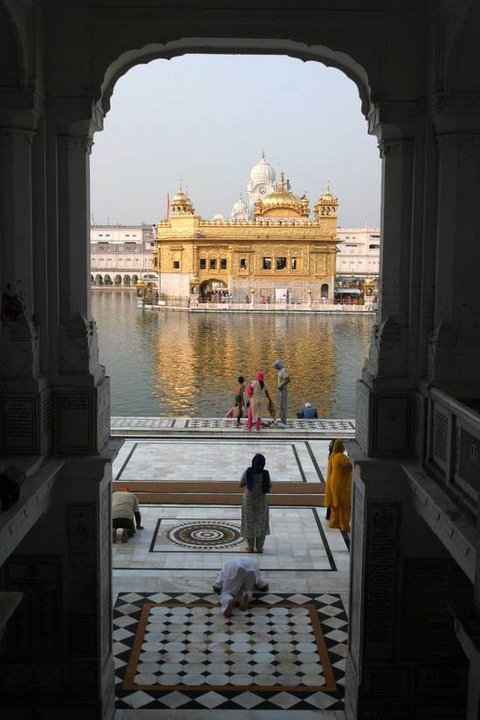 golden-temple-arch