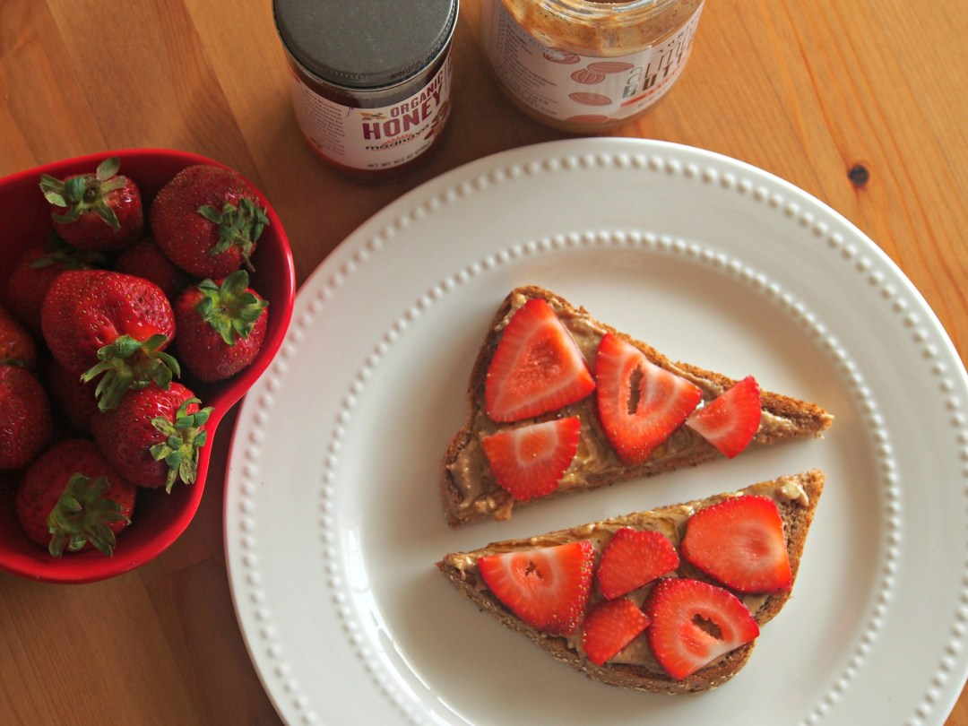 almond-butter-toast