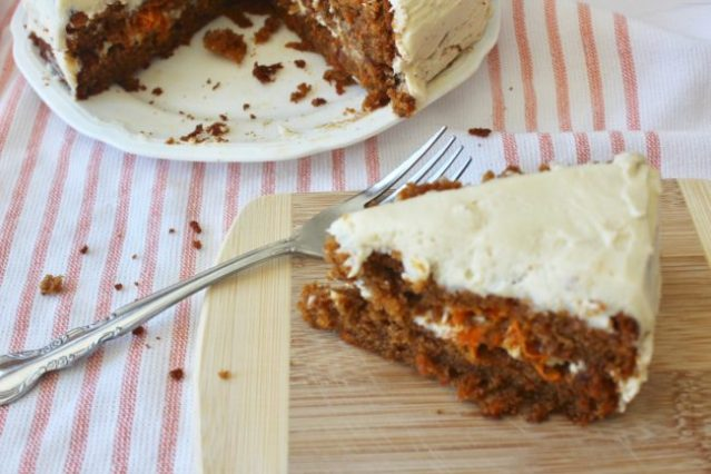 Grain Free Carrot Cake & Cream Cheese Frosting