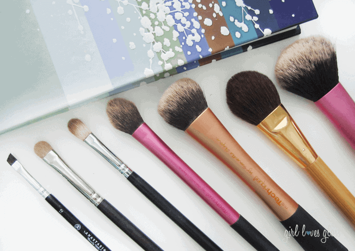 The Makeup Brushes I Use Daily