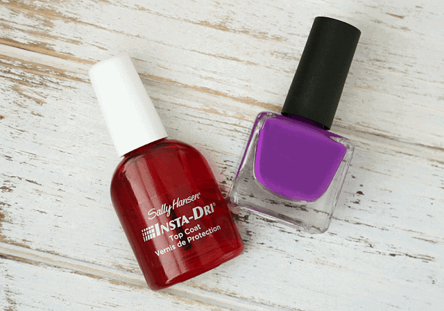 Sunday Steals | Sally Hansen Insta-Dri Top Coat