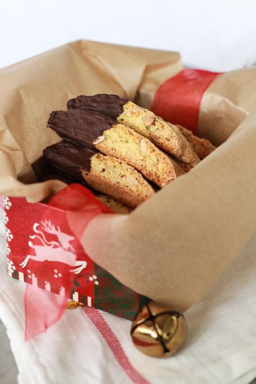 biscotti box www.girlontherange.com
