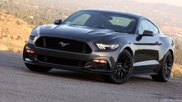 Cars2015 Ford Mustang GT© 2015 Ron Avery