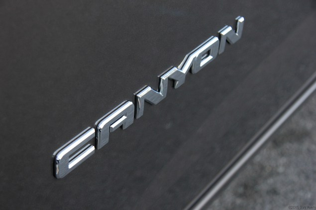 GMC Canyon badge 2