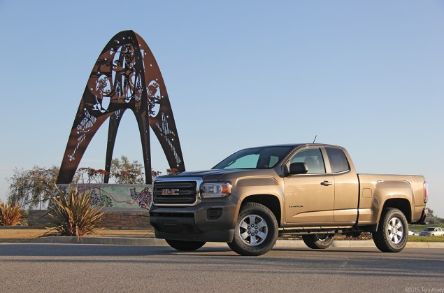 GMC Canyon front