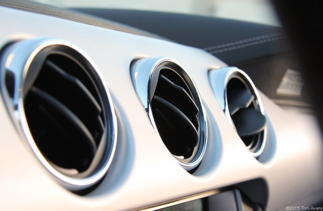 2015 Ford Mustang EcoBoost air vents