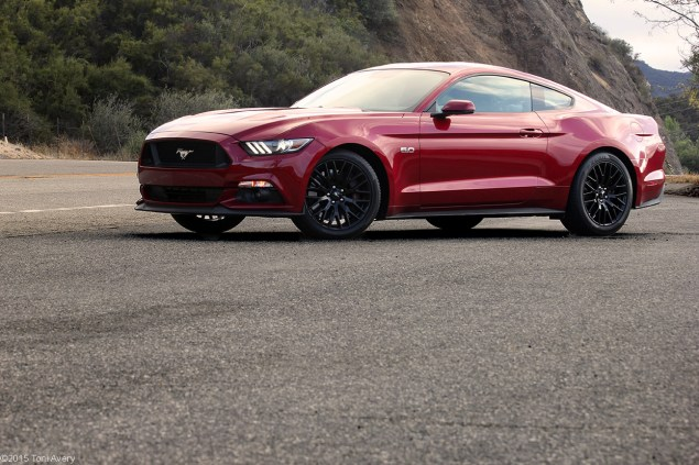 Mulholland Drive CA 2015 Ford Mustang GT Coupe Premium