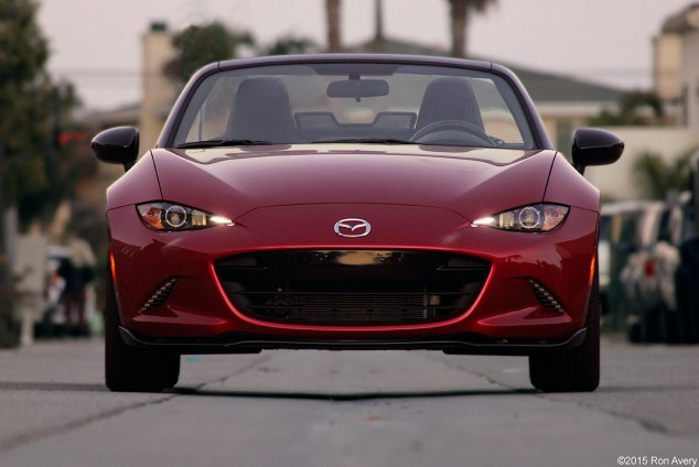 2016 Mazda Miata Club Review – GirlsDriveFastToo